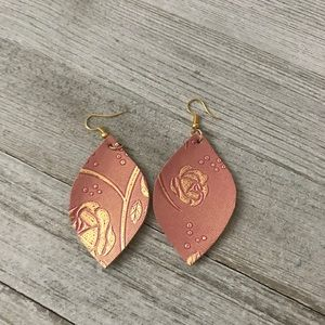 NWT Antique Rose Double Sided Leather Earrings